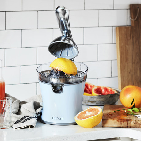 Citrus Juicer (Pastel Blue)