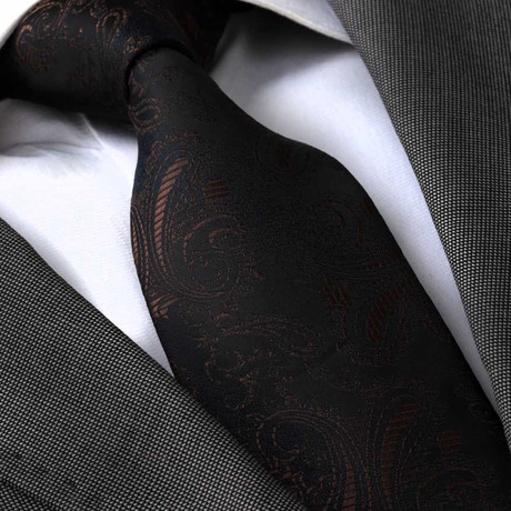 Quintus Silk Tie // Brown Paisley