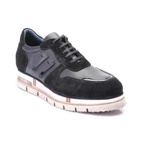 Pembroke Shoe // Black (Euro: 39)