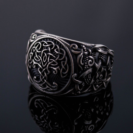Viking Collection // Mammen Ornament + Yggdrasil Ring (5)