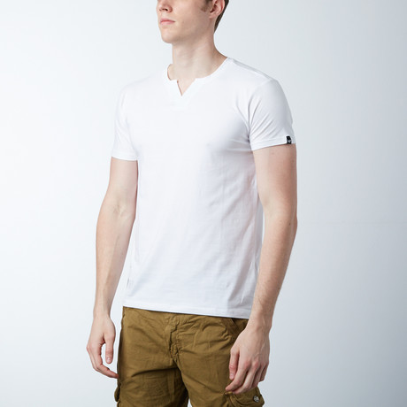 V-Notch T-Shirt // White (S)