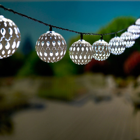 Carnival Solar String Lights