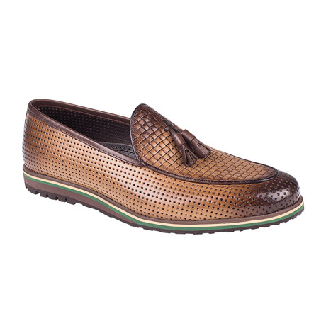 Embossed Tassel Casual Loafer  // Tobacco Straw (Euro: 39)