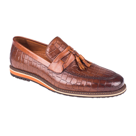 Embossed Tassel Penny Loafer  // Tobacco Crocodile (Euro: 39)