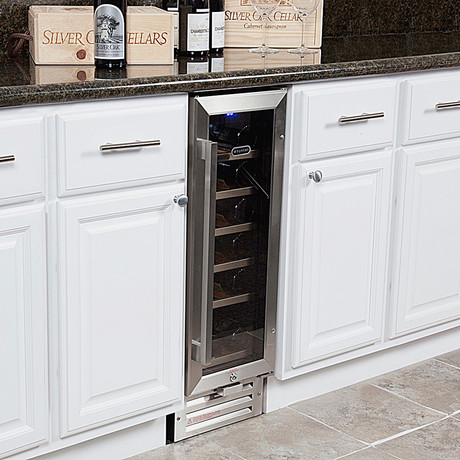 Whynter 18 Bottle Built-In Wine Refrigerator