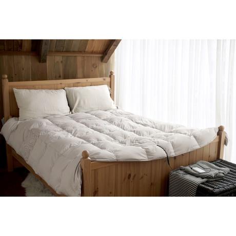 Smart Heated Comforter // Light Gray