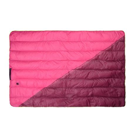 Goose Down Outdoor Heated Blanket // Wine
