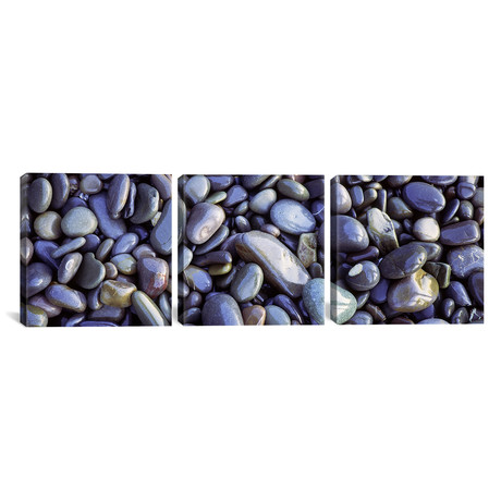 Close-Up Of Pebbles, Sandymouth Beach // Cornwall, England // Panoramic Images