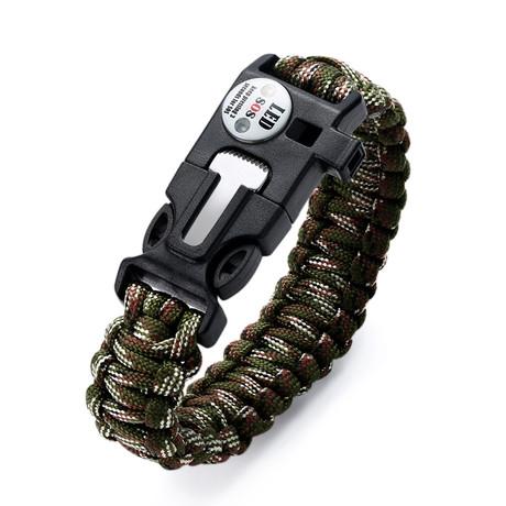 Survival Gear Paracord Bracelet // Army Camo