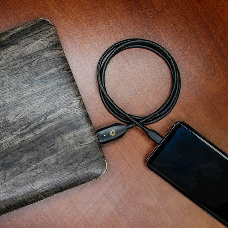 Charby Sense Cable // Cosmo Black (Lightning (iPhone) to USB-A (Android))
