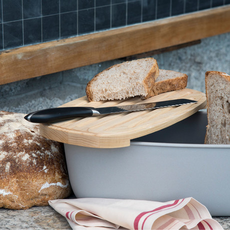 Depot Bread Bin + Cutting Board (Light Ashwood)