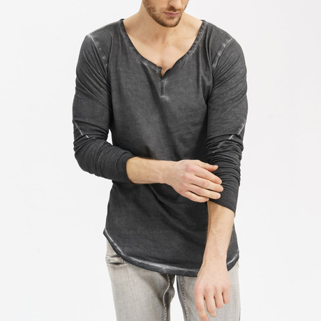 Primal Oiled Henley // Anthracite (XS)