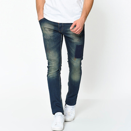 Prodigy Slim Fit Jeans // Faded (29)