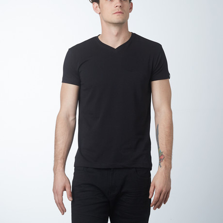 V-Neck T-Shirt // Black (S)