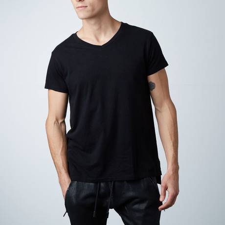 Essentials Hi-Lo V-Neck Tee // Black (XS)