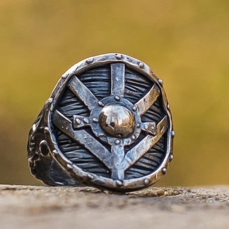 Viking Collection // Lagertha's Shield Ring (5)