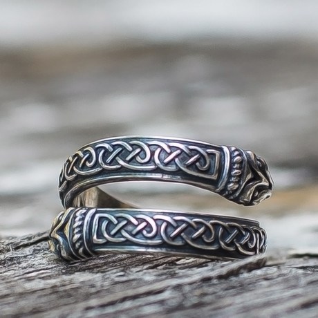 Runes + Ornaments Collection Rings // Ouroboros // Silver (6)