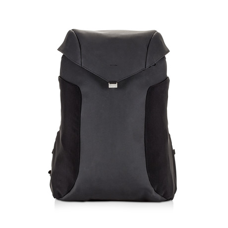 Joey Backpack // Branded Rain Cover + Dustbag