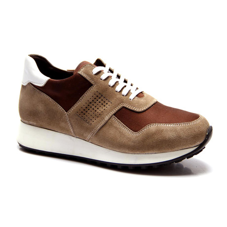 E. Goisto // Maxwell Sneaker // Brown (Euro: 40)