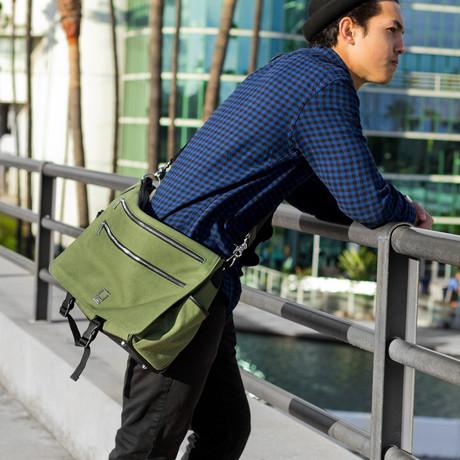 Camma Messenger // Green