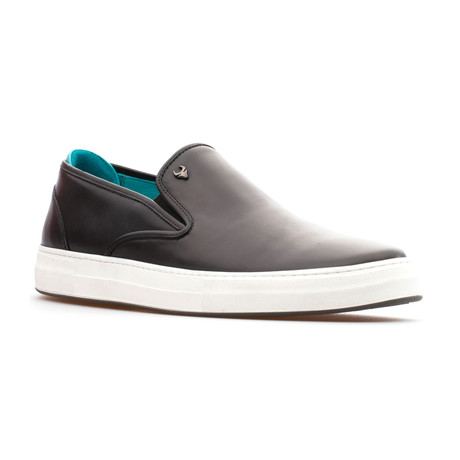 Aiden Slip On // Black (Euro: 39)