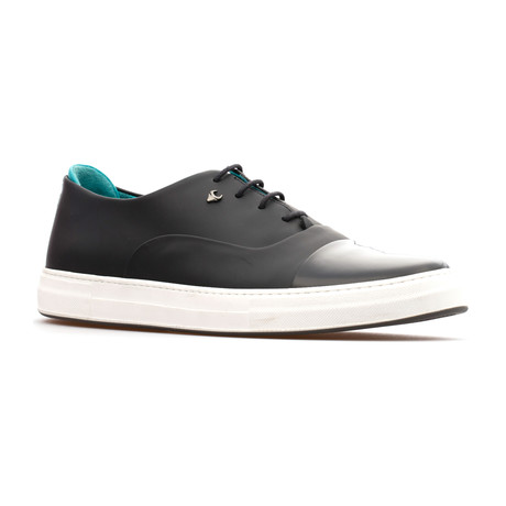 Brad Oxford // Black (Euro: 39)