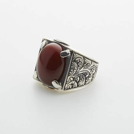 Red Agate Claw Engraved (Size 9)