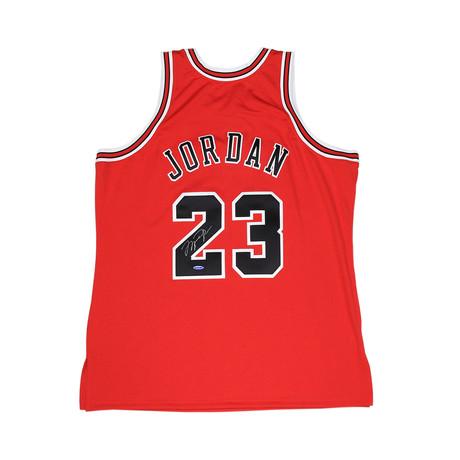Michael Jordan Signed Chicago Bulls Jersey