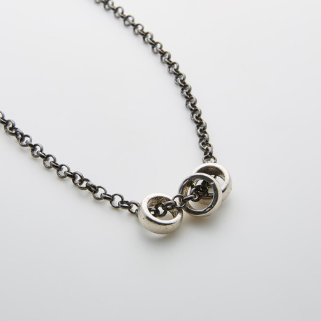 Antique Silver 3 Ring Pendant + Gunmetal Chain