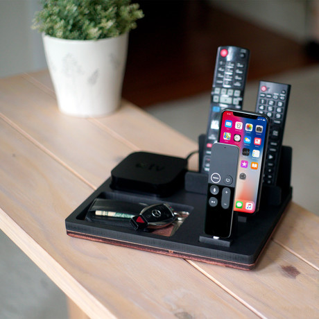 TVStnd TRIO // Apple TV Edition
