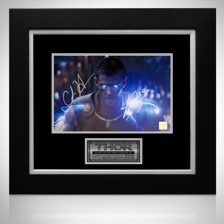 Thor Ragnorok // Chris Hemsworth + Stan Lee Signed Photo // Custom Frame