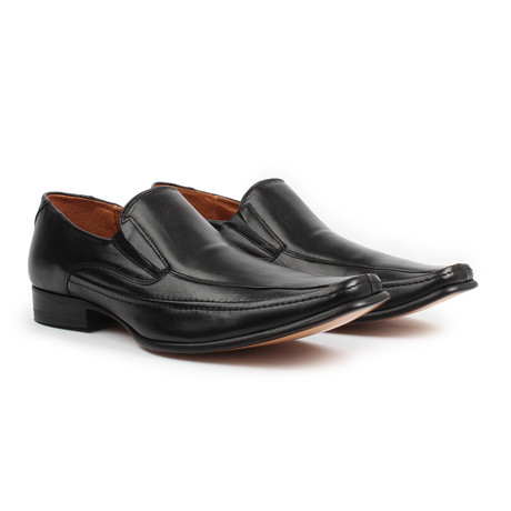 Slip-On Dress Shoes // Black (US: 6)