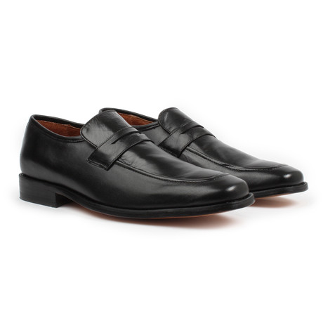 Slip-On Loafers // Black (US: 6)