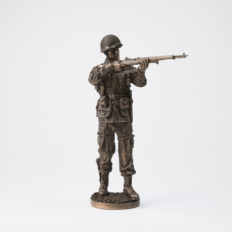 WWII // Taking Aim