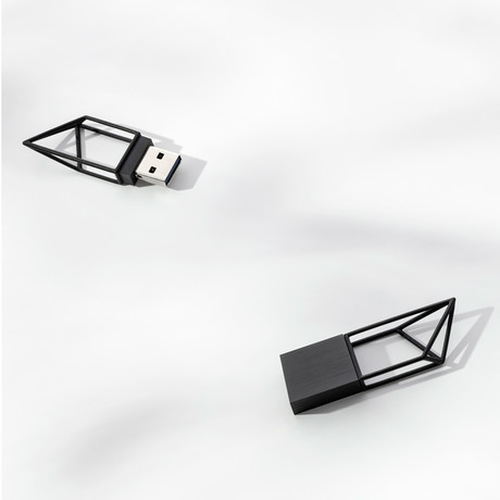 Empty Memory // Structure // USB Memory Stick (Silver)