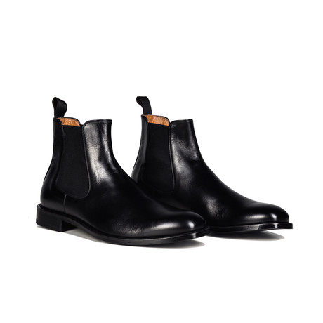Classic Chelsea Boot // Black Leather