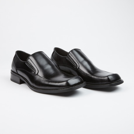 Leather Slip-On Shoes // Black (US: 6)