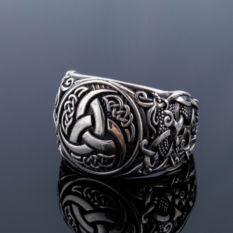 Viking Collection // Mammen Ornament + Odin's Horn Ring (5)