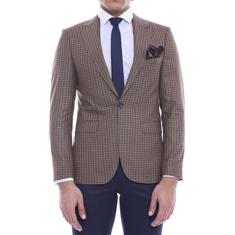 Elliott Blazer // Brown (Euro: 46)