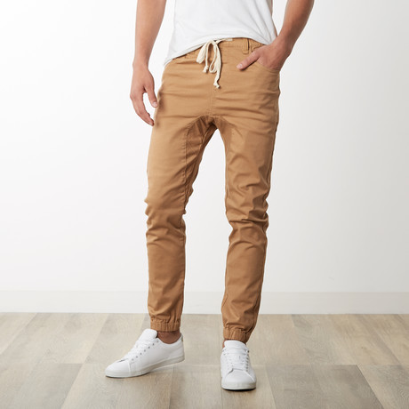 Rich V3 Twill Joggers // Wheat (S)
