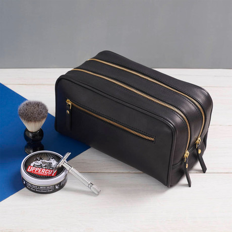 Leather 3 Zip Wash Bag // Black (Black)