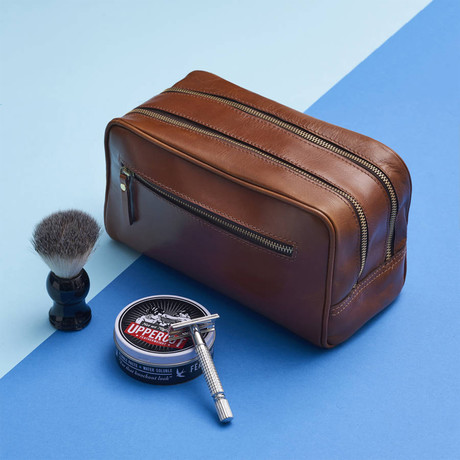 Leather 3 Zip Wash Bag // Dark Tan (Dark Tan)