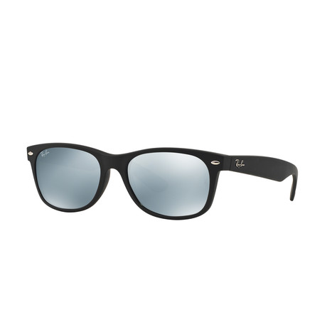New Wayfarer // Black Rubber + Green Mirror Silver
