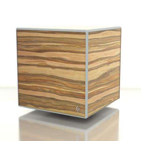 Wooden DICE // Apple Finish + Gray Edges