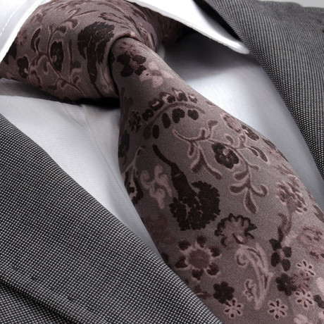 Ricardo Silk Tie // Brown Paisley