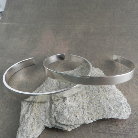 Flat Wire Cuff // Silver
