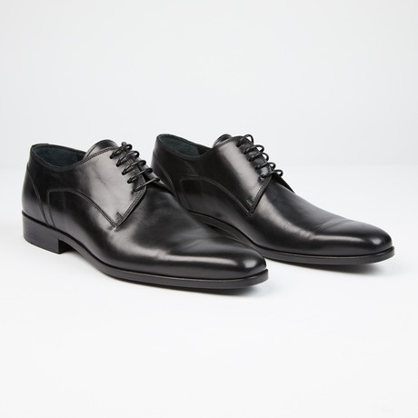 Plain Toe Lace-Up // Black (US: 7)