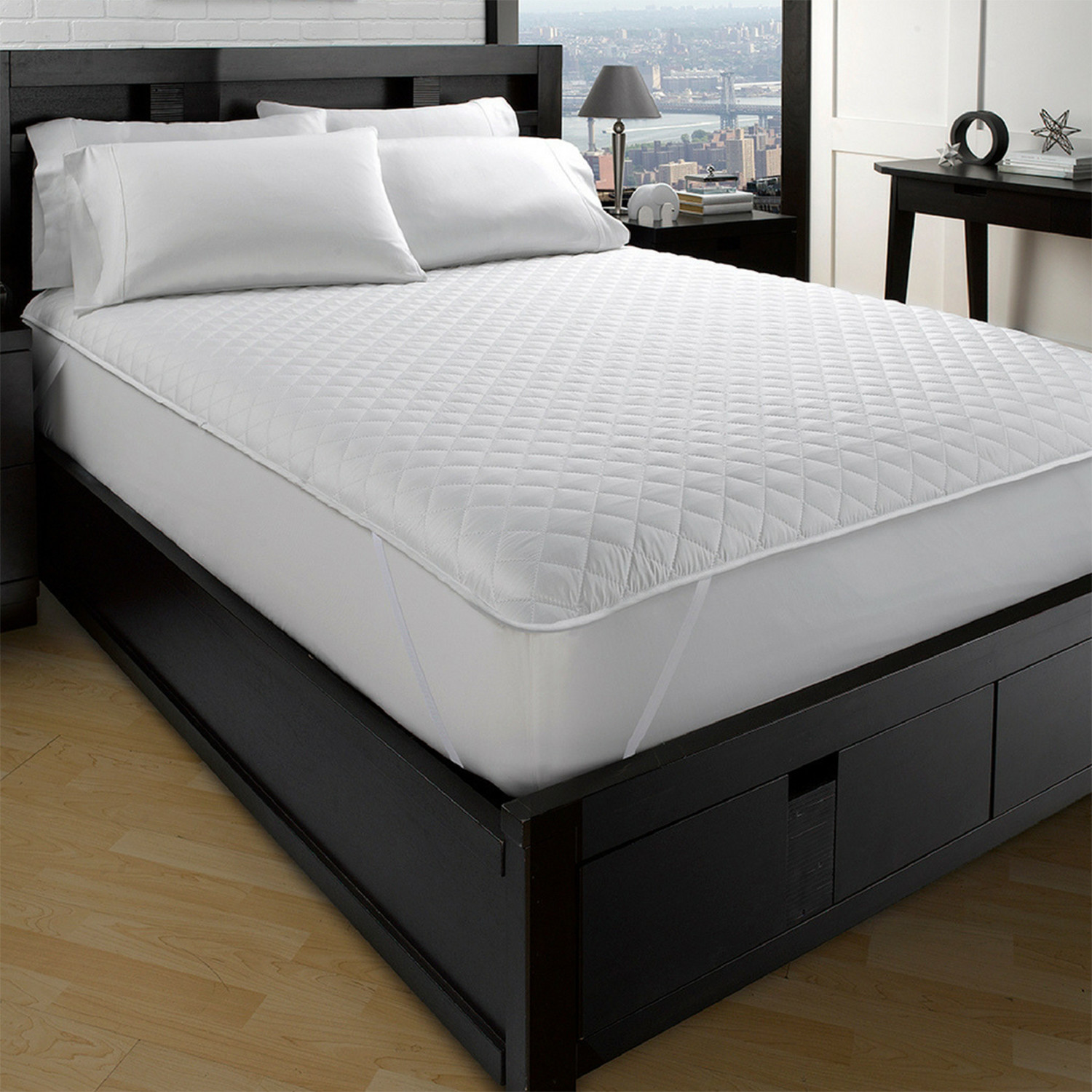 Exquisite Hotel Collection // Classic Quilted Mattress Pad (Twin XL)