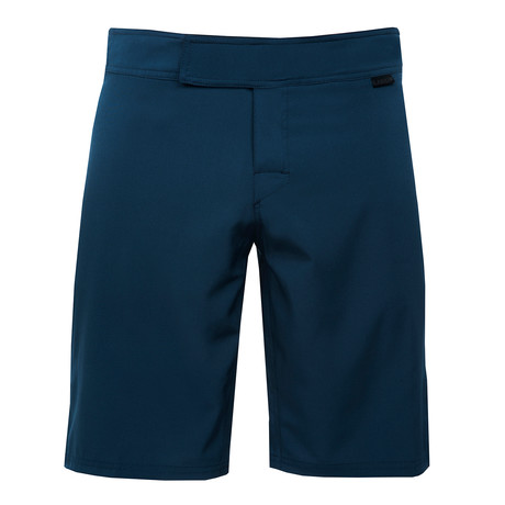 Punch Active Short // Navy (28)