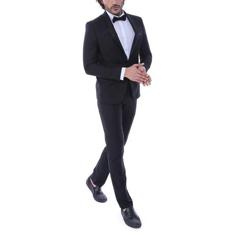 Robert Slim Fit 2-Piece Tuxedo // Black (Euro: 44)